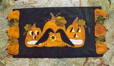 PRIMITIVE WOOL APPLIQUE PENNY RUG PATTERN PUMPKINS CROWS AUTUMN HALLOWEEN - Halloween Wool Applique Patterns