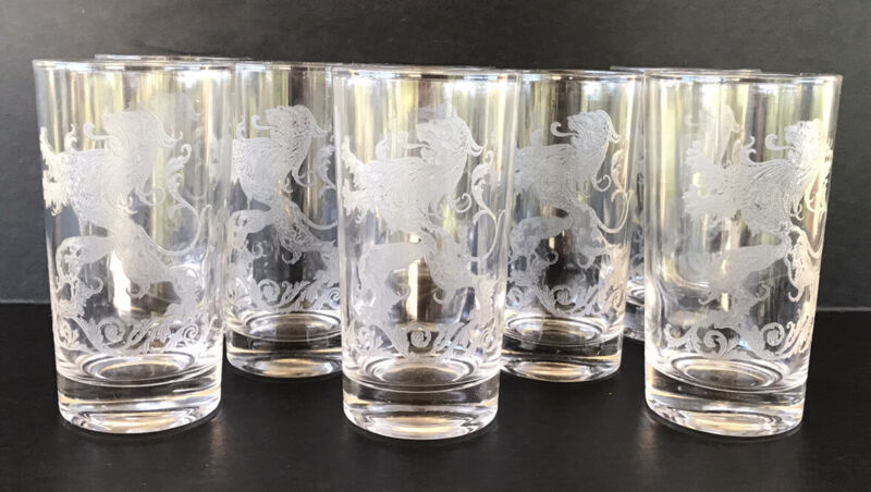 """Vintage Etched Lion Rampant Tumblers 5 1/8"""" Drinking Glasses (8) Mid Century"""
