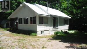10 LAKEVIEW DRIVE Sprucedale, Ontario