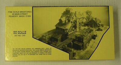 Fine Scale Miniatures - Fox Run Milling Co. - Kit #295 - HO HON3 MINT