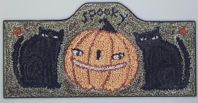 Spooky PN075 Black Cat Halloween Punchneedle Punch Needle Teresa Kogut Pattern