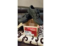 Leather Black Vans Atwood V Size UK 2 RRP £32