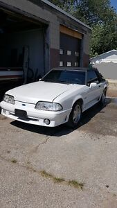 1991 Mustang GT 5.0L CONVERTIBLE LOW KM'S!!