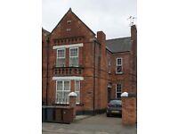 Lincoln - Ready Made Income Producing HMO 5 Bed Semi Detached House - Click for more info