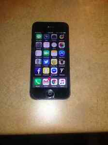 16 gb iPhone 5 on Bell/Virgin network - $200 firm