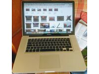 Core i7 - 8GB ram - 240 SSD - 15 inch MacBook