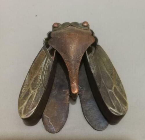 Oriental Vintage Copper Handwork Carved Cicada Collectable Snuff box NR