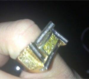 14k gold men's ring with 1.00cts in diamonds