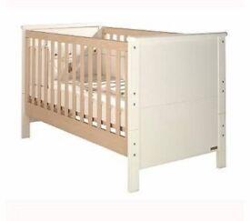 Mamas and papas cotbed/ toddler bed