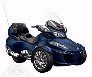2016 Can Am Spyder RT-Ltd 1330 Triple / Brand New (Blue)