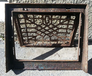 ANTIQUE BEACH FOUNDRY WALL CAST IRON GRATE