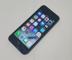 Apple iPhone 5 16GB Black Fido Mobile Excellent Condition $125
