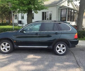 2002 BMW X5 pour pieces / for parts only
