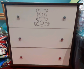 Chest of nursery draws. No offers.