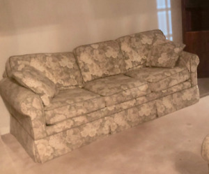 Comfortable sofa and matching love seat for sale