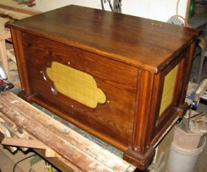 """""""In Full View""""  Storage Chest in Solid Oak"""