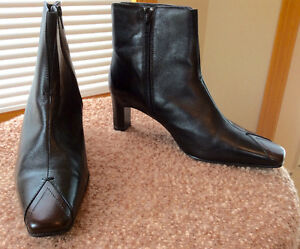 New Jana Black/Mocca  Leather Boot/Bootie 9