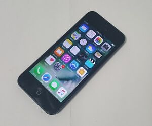 Apple iPhone 5S 16GB Black Fido Mobile Excellent Condition $125