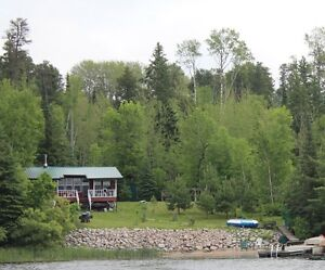 Lake-front cabin in beautiful Lake of the Woods!