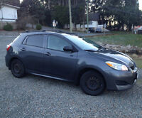 2009 Toyota Matrix Hatchback with Heated Leather seats