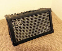 ROLAND CUBE STREET STEREO AMP ( BATTERY POWERED)