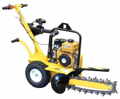 """18"""" Petrol Groundhog NBN Trencher 