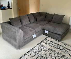 ♨️♨️New Sofas in Jumbo/ Black faux leather and Grey Jumbo♨️