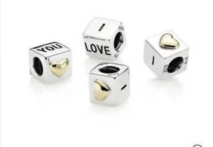 Pandora charm - I love you cube Glenroy Moreland Area Preview