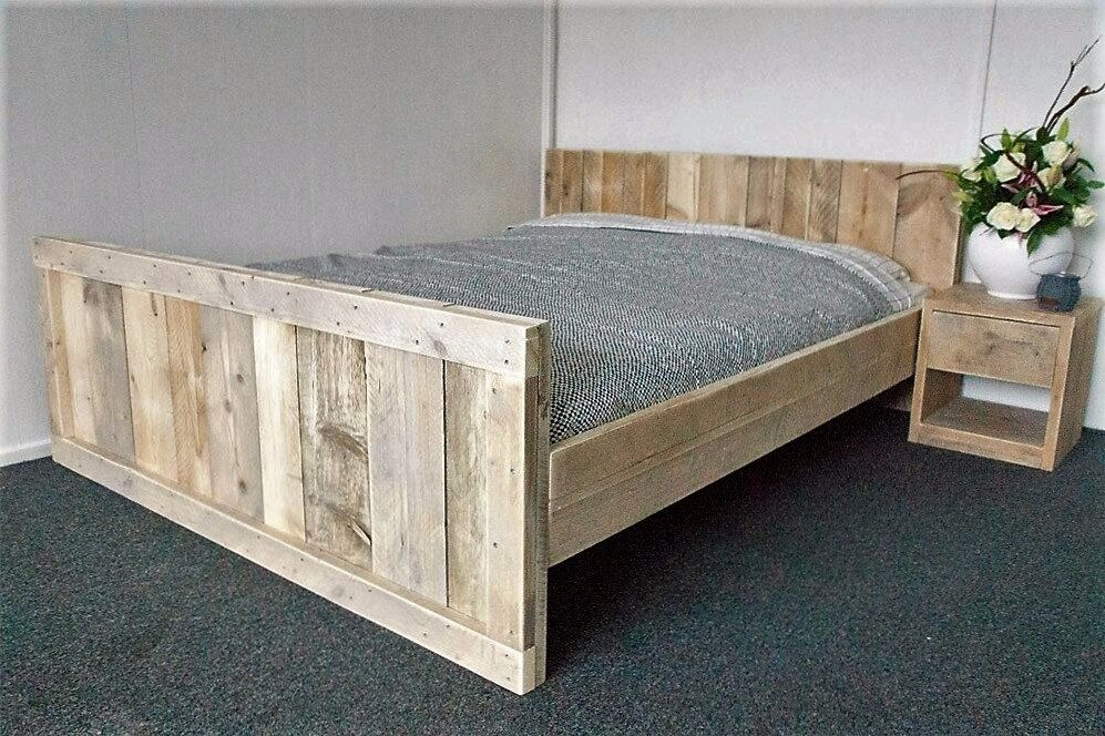 handcrafted chunky rustic reclaimed timber bed frame oak finishes super king king double