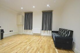 LOVLEY LARGE 2 BEDROOM APARTMENT LOCATED IN MILEEND, DONT MISS OUT !!!