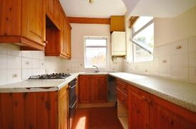 WARM WELCOMING 3 BEDROOM HOUSE FOR CHEAP,SEE ASAP!!