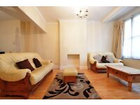 NEW REDECORATED 2 BEDROOM GARDEN HOUSE IN EAST HAM NEXT TO CENTRAL PARK