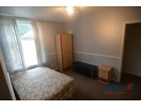 3 bedroom house in Bloxwhich Road, Walsall