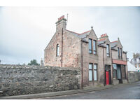 4 Bedroom House to let in Portsoy, includes parking and garden, lounge, dining room, study