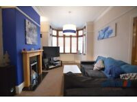 3 bedroom house in King Street, Dukinfield, Cheshire