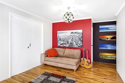 Large 2 bedroom, 2 bath, 2 car with river views in Surfers. Surfers Paradise Gold Coast City Preview