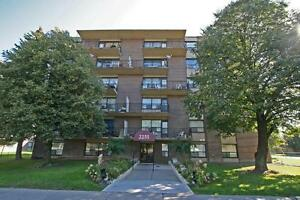 NORTH YORK Bachelor on main level! (Victoria Park/York Mills)