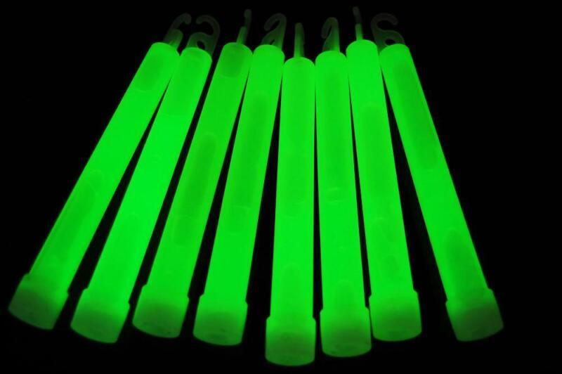 DirectGlow 50 Count Green Jumbo 6 Inch Glow Sticks 12+ Hour Glow