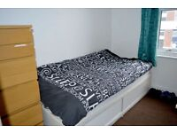 SPACIOUS DOUBLE ROOM IN DALSTON JUNCTION!