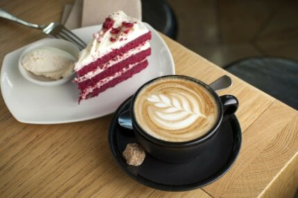 URGENT CAFE FOR SALE IN A BUSY SHOPPING CENTRE