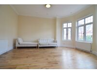 Superb 3 Double Bedroom Flat, Mapesbury NW2