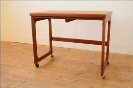 coffee table teak McIntosh vintage danish design mid century on castors extending