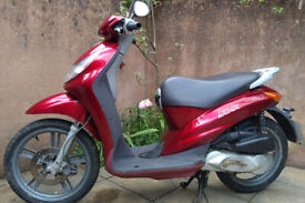 Peugeot Looxor 100cc scooter. Stored for 6 years.