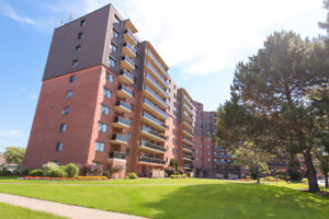 614 Lake Apartments: Apartment for rent in St. Catharines