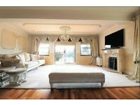 IMMACULATE 3 BED APARTMENT IN IG7 , 3 HUGE DOUBLE BEDROOMS , FREE PARKING AND FULLY FURNISHED !!