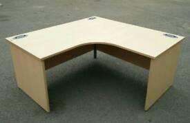 Office desk commercial grade / VGC/ delivery