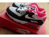 Ladies Nike air max size 5.5 100% GENUINE