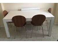 White gloss extendable table / chairs