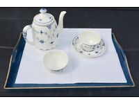 China coffee set ( coffee pot, sugar bowl and 6 cups and saucers)
