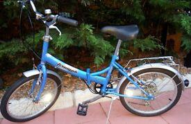Like new. Triumph flyte folding bike. Perfect for caravan/campervan.bargain £95. Cost £240